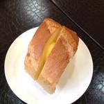 ダイニングベーレ - ランチのパン バゲットが出てきた時点で、このお店を洋食屋と定義しました。(^_^;)