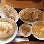 餃子や獅丸 - 焼餃子定食(¥780)