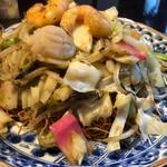 紅灯記 - 料理写真:海鮮皿うどん 1000円。