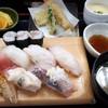 ジャンボおしどり寿司 - 料理写真:ランチ 特上握りセット