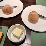 ビストロ カトリ - パン&バター