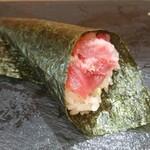 つきぢ神楽寿司 - 手巻きの鉄火巻