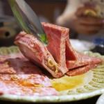 赤坂 らいもん - 料理写真:骨付きカルビ