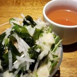 ニクータ - ランチのサラダビュッフェとトマトスープ