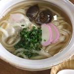 富士 - 料理写真:かなりシンプルな具で、ある意味潔いと思います。