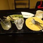修伯 - その他写真:食い散らかしたデザート