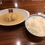アカシア - 料理写真:すぐ出てくるライス&シチュー