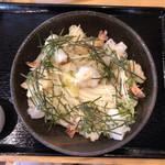 亀楽屋 - 料理写真:海老と揚げ餅のぶっかけ(冷) 980円