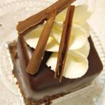 ノワ・ドゥ・ブール - チョコレートのケーキ