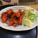 酒蔵 かっぱ - 赤ウインナー炒め