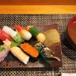 玄海鮨 - 貝汁がついてます