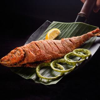 新鮮魚介とスパイスが織り成す、港町マンガロール料理