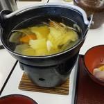 平泉レストハウス - ご当地料理のひっつみ汁うまい!