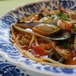 ア・ラーマ - 料理写真:海鮮はかなり豊富