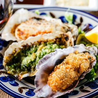厳選し仕入れる旬の生牡蠣をお届け!肉魚の一品料理もご用意