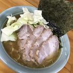 会心のラーメン 捲り家 - 料理写真:チャーシュー麺(中盛)¥1100-