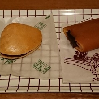 上田屋本店 - 料理写真:蛤もなか・敬作餅