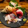 五郎 - 料理写真:刺身盛り合わせ