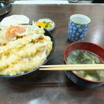 天乃家 - 鯨天丼 1050円
