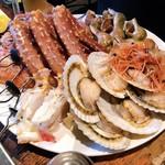 kitanokaisenaburinoanohakobune - 魚介炙り焼き