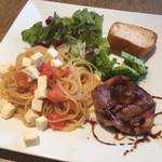 リトロボイルマーレジーナ - 料理写真:ワンプレートランチ