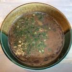 元祖とんこつ 久留米ラーメン 山亭 - 濃厚魚介豚骨つけ麺のつけ汁
