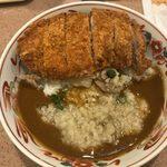 カレーハウス11イマサ - 「背脂カレー」650円+「ロースカツ」270円