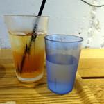 ブン カフェ×エ プロント - アイスティ290円