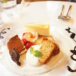 HAMA CAFE - オススメのケーキプレート