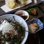 お食事茶屋 膳 - いわし漬け丼と天ぷらのセット