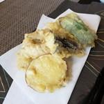 お食事茶屋 膳 - いわしと野菜の天ぷら