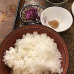 110996503 - ご飯、香の物、梅ペースト、ひじきの煮物