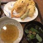 110996538 - 天ぷら、天つゆ、あさりの吸い物