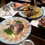 魚仁 - 鯛の刺身と塩焼き