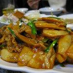 天鴻餃子房 - 豚キムチ炒め