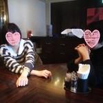CAFE RIGOLETTO - 娘バムセ(左)と妻バムセ(右)