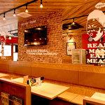 1ポンドのステーキハンバーグ タケル - テーブル席