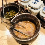 111015371 - 無料で食べれるイカの塩辛と高菜