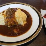M&C Cafe - オリジナルビーフカレーオムライス