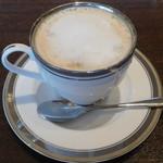 M&C Cafe - カフェ・オ・レ(ホット)