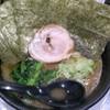 Menyamomosuke - 料理写真:家系ラーメン
