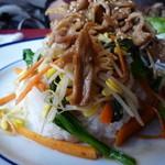 モア - 野菜たっぷり生姜焼きのせごはん