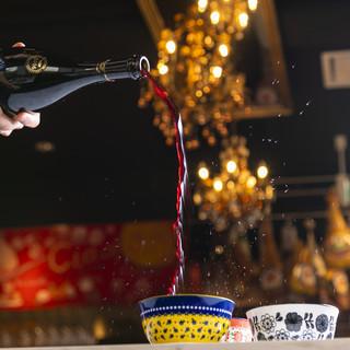 グラスワインはなんと22種!微発砲ワインランブルスコも3種類