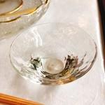 111024982 - 食前酒『松の司』。