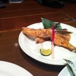 魚居酒屋 さかづき - サーモンの塩焼き