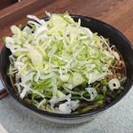 丸政そば - ...「山菜・黄そば・大」、ネギかけ放題☆彡