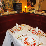 カフェレストラン フィガロ - 1F:奥の3名予約席