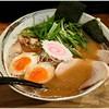 みつ星製麺所 - 料理写真:特製和風ラーメン 950円 お味噌汁のような優しくも奥深い味わい♪