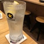 居酒屋 ようすけ - ようすけのレモンサワー 500円