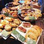 パン・ドゥ・マルシェ - パンの種類がとっても豊富なんです٩(ˊᗜˋ*)و